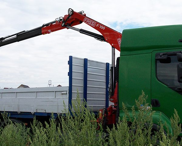 knuckle-boom-crane-F100B-1-xe-dynamic